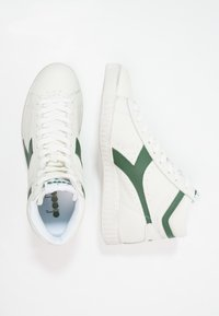 Diadora - GAME WAXED - Sneakers hoog - white/fogliage - 1