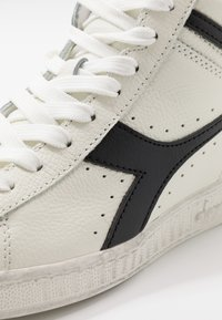 Diadora - GAME WAXED - High-top trainers - white/black - 5