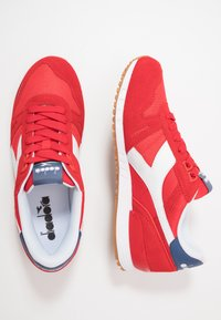 Diadora - TITAN II - Trainers - poppy red/true navy - 1