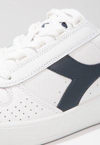 Diadora - B.ELITE - Baskets basses - white/blue denim - 5