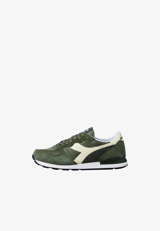 Sneaker low - olivine