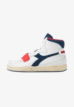 MI BASKET USED - Sneakers hoog - white/blue dark denim