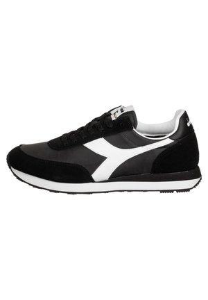 SCHUHE KOALA - Sneakers laag - schwarz/weiss