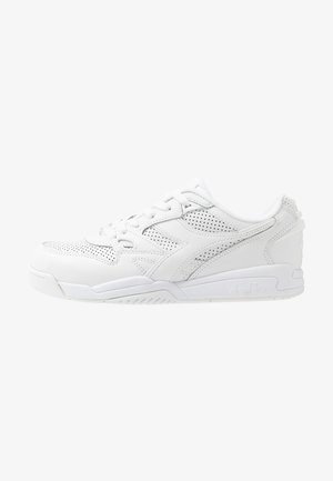 REBOUND ACE - Trainers - white
