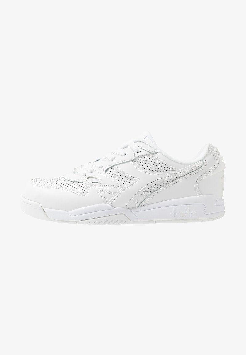 Diadora - REBOUND ACE - Baskets basses - white
