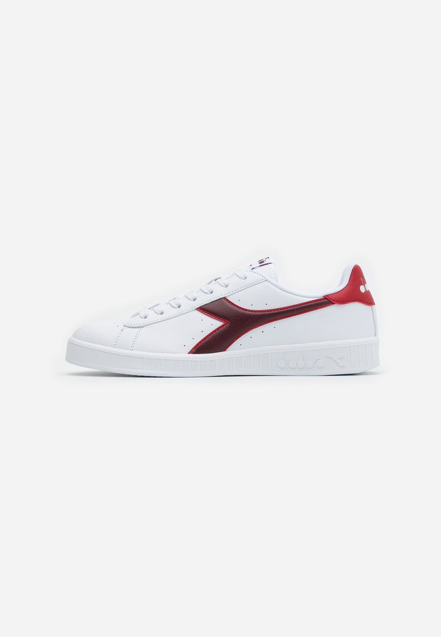 GAME - Baskets basses - white/cranberry/cordovan