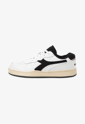 BASKET USED - Trainers - optical white/black