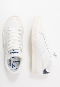 Diadora - MELODY DIRTY - Trainers - white/corsair - 1