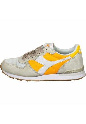 SCHUHE  - Trainers - orange