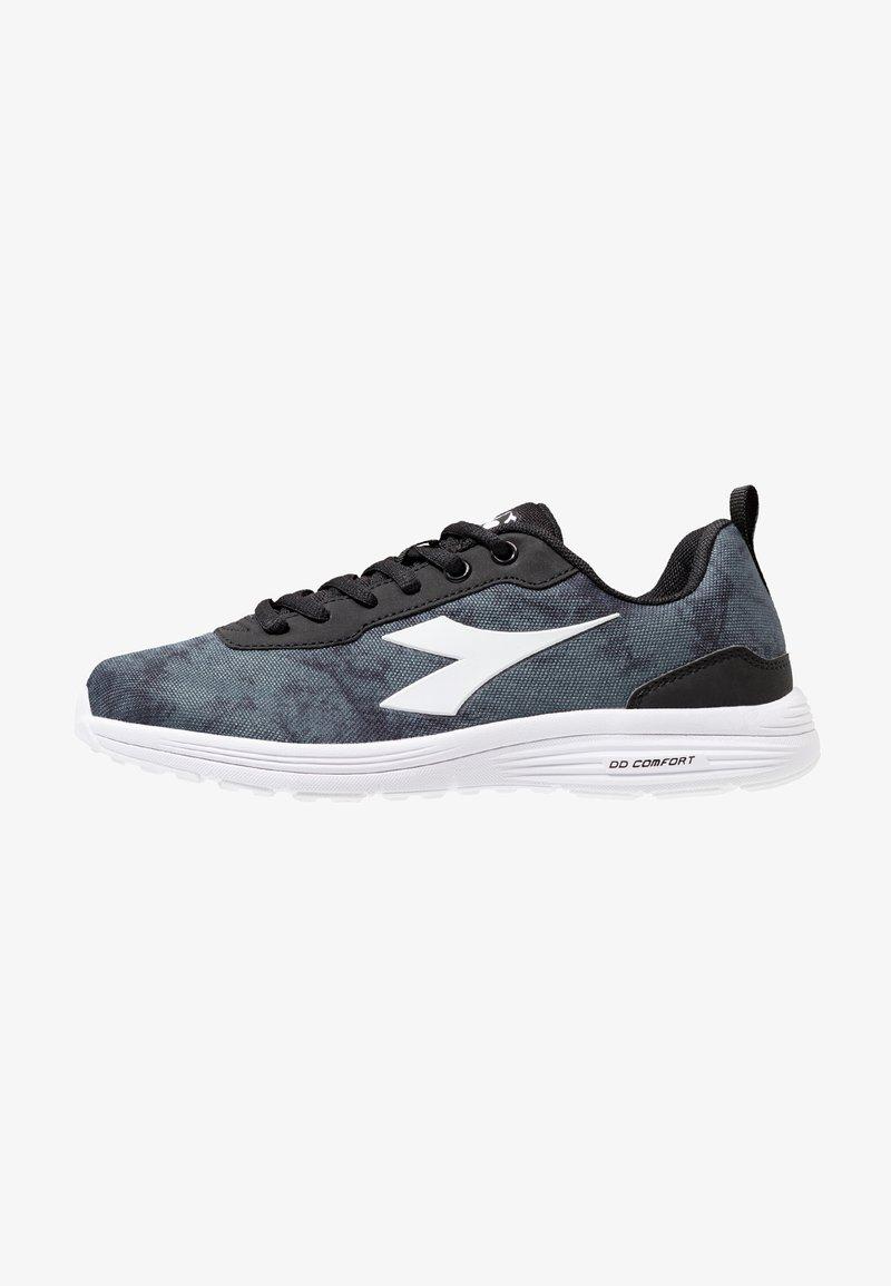 Diadora - SWAN + 3  - Neutrální běžecké boty - black/white