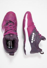 Diadora - SPEED BLUSHIELD FLY 2 AG - Kengät kaikille alustoille - boysenberry/perfect plum/wht - 1
