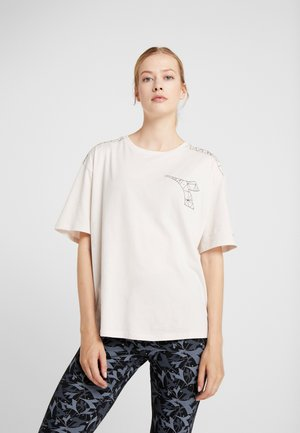FREGIO - Print T-shirt - house beige