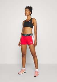 Diadora - SHORT BE ONE - Sports shorts - lively hibiscus red - 1