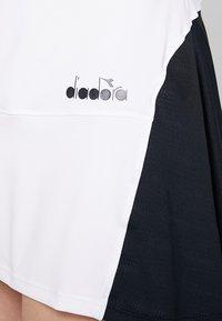 Diadora - DRESS CLAY - Sportovní šaty - optical white - 7