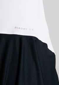 Diadora - DRESS CLAY - Sportovní šaty - optical white - 5