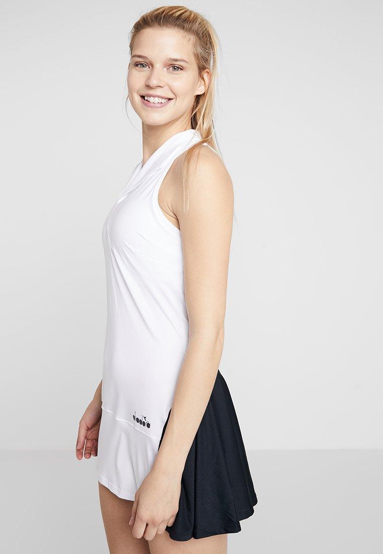 Diadora - DRESS CLAY - Sportovní šaty - optical white