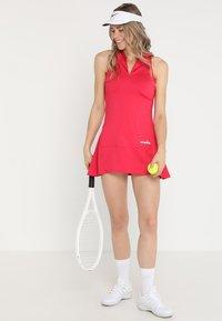 Diadora - DRESS CLAY - Sportskjole - red virtual pink - 1