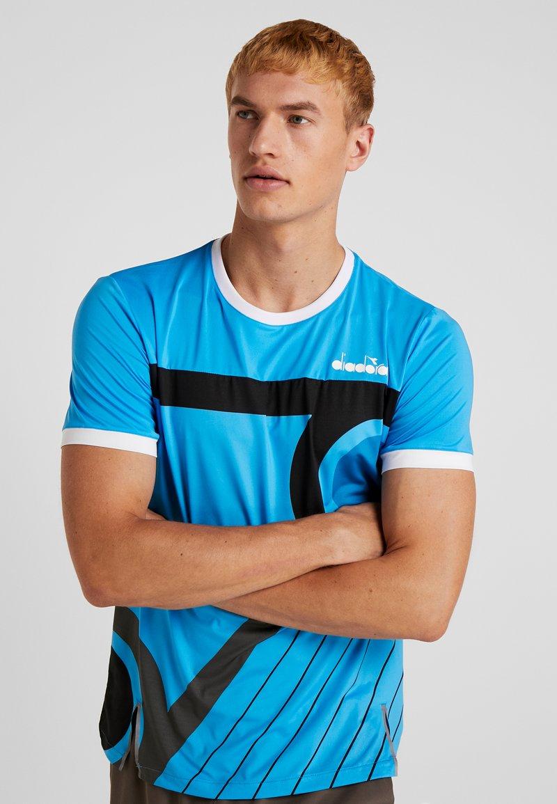 Diadora - CLAY - T-shirt print - sky blue malibu