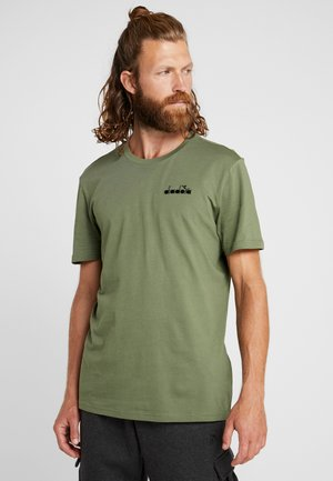 CHROMIA - T-shirt basique - green mushroom