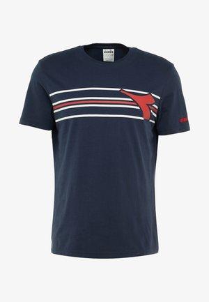 FREGIO - T-shirt imprimé - blue corsair