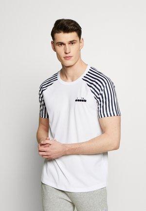 STRIKER - T-Shirt print - optical white