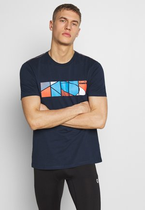 COURT - Print T-shirt - blue corsair
