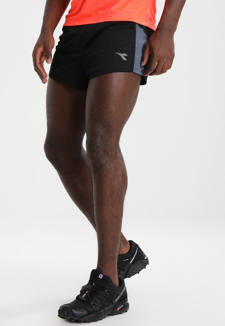Diadora - RACE  TEAM - Sports shorts - black