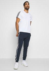 Diadora - PANTS LOGO - Pantaloni sportivi - blue corsair - 1