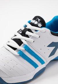 Diadora - S. FLY 2 - Multicourt tennis shoes - white/deep water - 2
