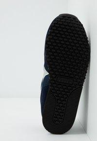 Diadora - SIMPLE RUN - Neutrální běžecké boty - blue corsair - 2