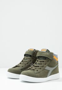 Diadora - GAME S HIGH  - Vysoké tenisky - burnt olive green - 3