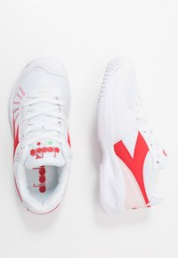 Diadora - S. CHALLENGE 3  - Multicourt tennis shoes - white/lively hibiscus red - 1