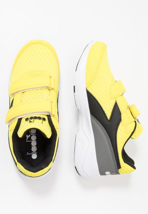 EAGLE 3  - Neutrální běžecké boty - yellow croms/black