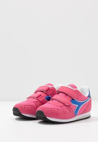 Diadora - SIMPLE RUN GIRL - Hardloopschoenen neutraal - hot pink - 3