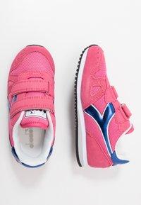 Diadora - SIMPLE RUN GIRL - Hardloopschoenen neutraal - hot pink - 0