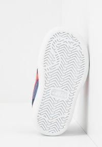Diadora - PLAYGROUND - Chaussures d'entraînement et de fitness - blue corsair - 5