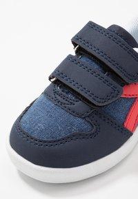 Diadora - PLAYGROUND - Chaussures d'entraînement et de fitness - blue corsair - 2