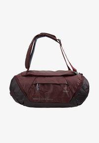 Deuter - Cestovní taška - maron/aubergine - 10
