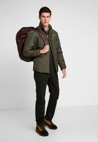 Deuter - Cestovní taška - maron/aubergine - 1