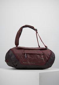 Deuter - Cestovní taška - maron/aubergine - 0