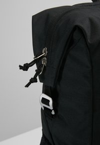 Deuter - VISTA SPOT - Plecak - black - 8