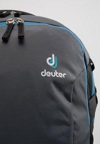 Deuter - GIGA BIKE - Tagesrucksack - graphite/black - 7