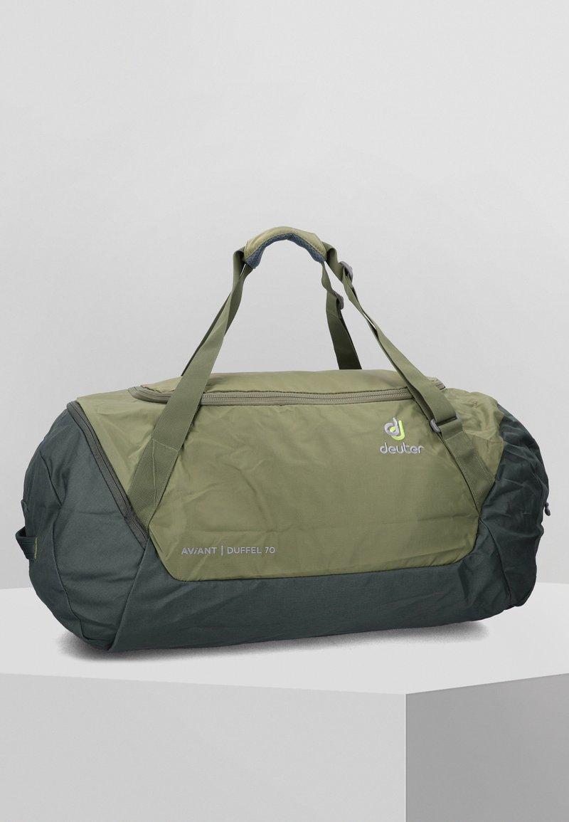 Deuter - Weekend bag - khaki-ivy