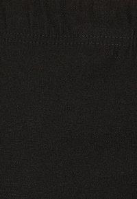 DORIS STREICH - Pantaloni - schwarz - 5