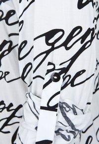 DORIS STREICH - MIT WORDING-PRINT - Blouse - off-white - 2