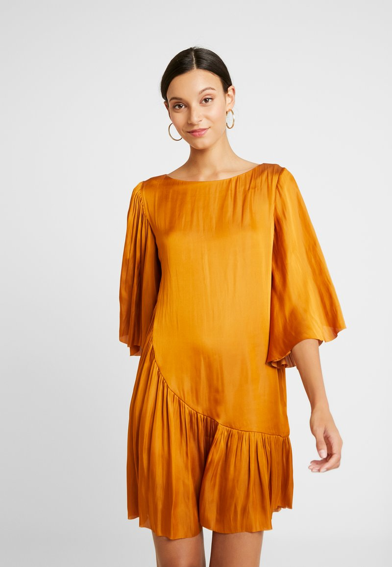 DAY Birger et Mikkelsen - DAY DISIL - Day dress - mustard yellow