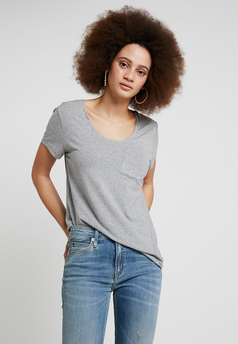 DAY Birger et Mikkelsen - CLEAN TWIST - Basic T-shirt - medium grey melange