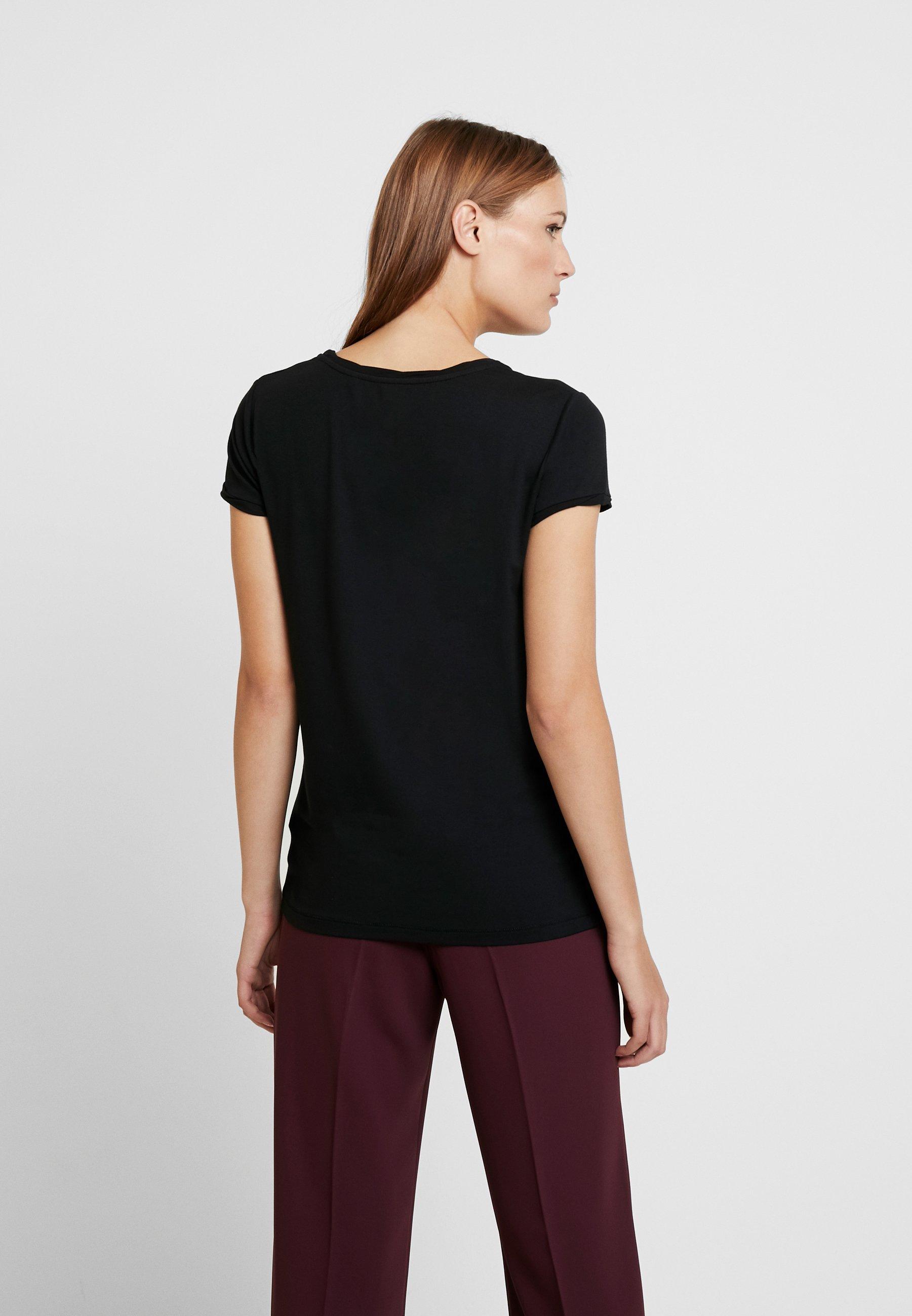 Day Birger Et Mikkelsen New Clean Twist - T-shirts Black