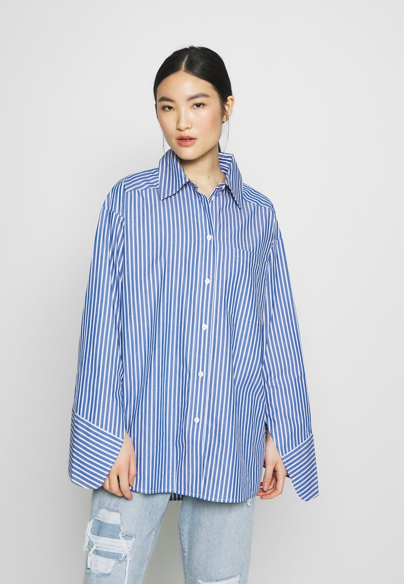 DAY Birger et Mikkelsen - SPRINGTIME - Button-down blouse - navy blazer