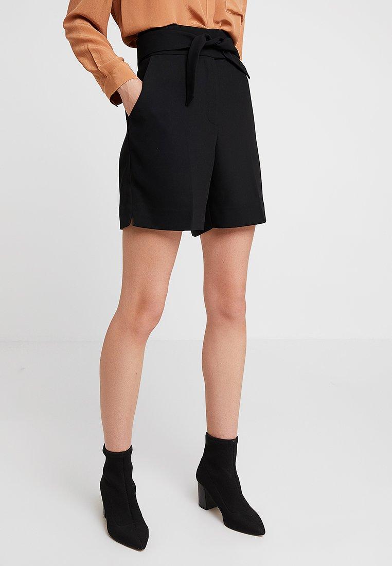 DAY Birger et Mikkelsen - CLASSIC GABARDINE - Shorts - black